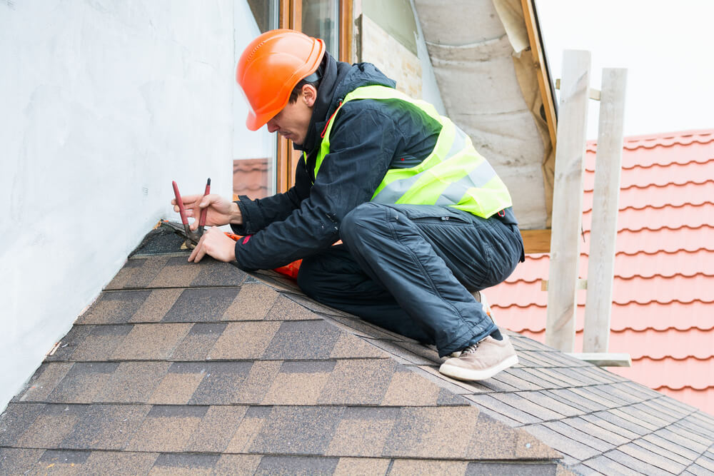 How Do I Find a Good Roofing Contractor?